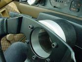 Separador de aluminio para el volante.