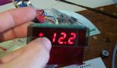 Voltímetro/Termómetro con display de 7 segmentos